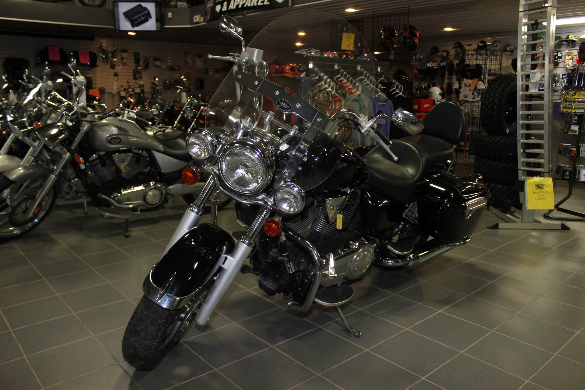 2005 Victory Touring Cruiser in Ottumwa, Iowa - Photo 4