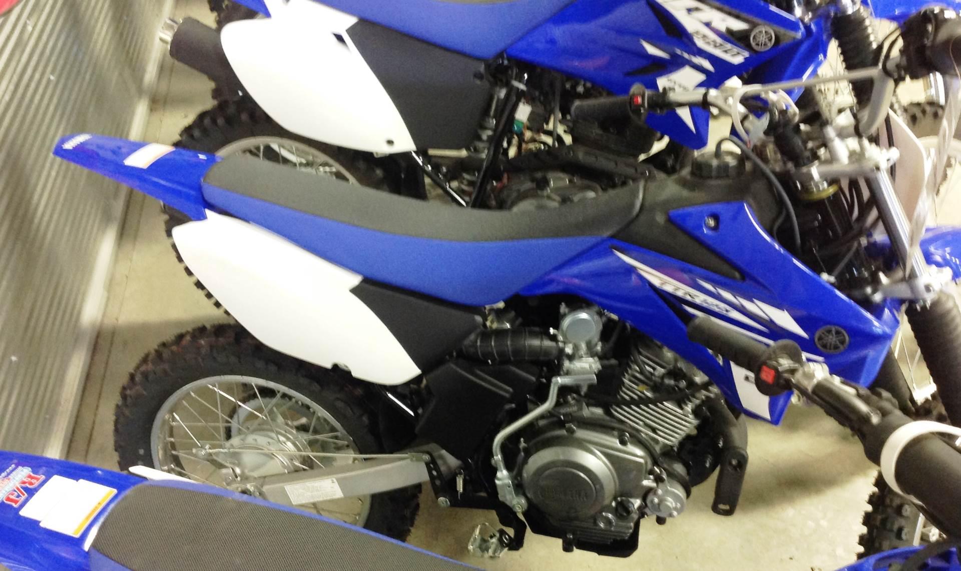 2017 Yamaha TT-R125LE 4