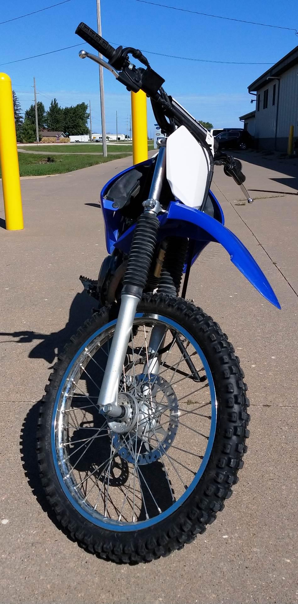 2013 Yamaha TT-R125LE 4