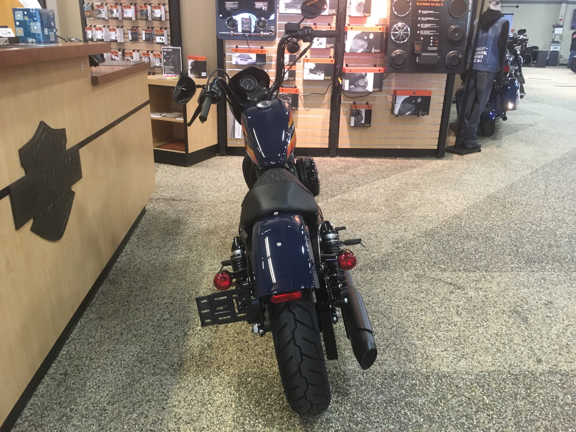 2020 Harley-Davidson Iron 1200™ in Madison, Wisconsin - Photo 4