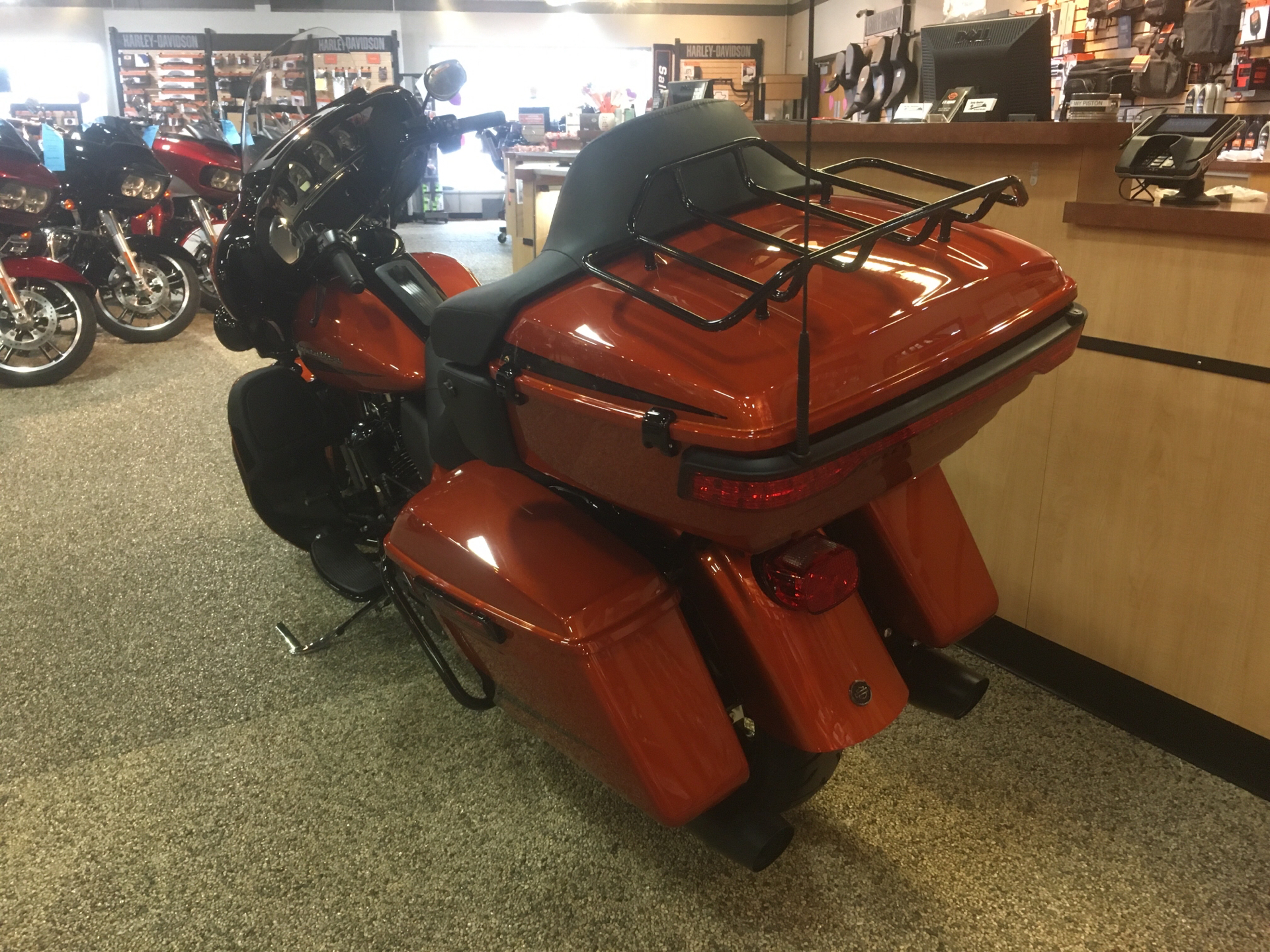 2020 Harley-Davidson Ultra Limited in Madison, Wisconsin - Photo 5