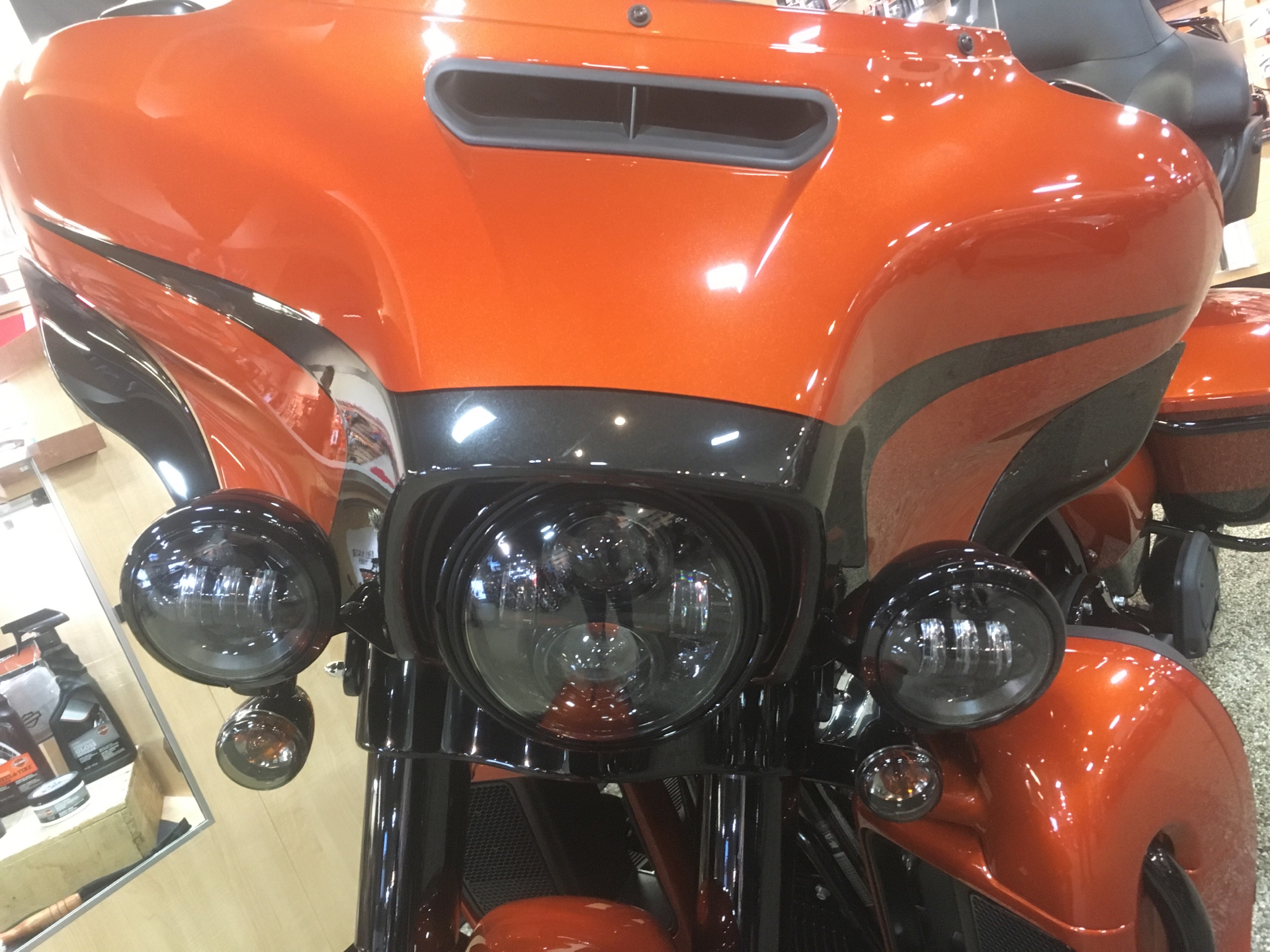 2020 Harley-Davidson Ultra Limited in Madison, Wisconsin - Photo 9