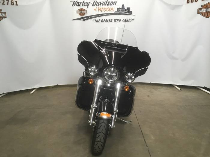 2019 Harley-Davidson Ultra Limited in Madison, Wisconsin - Photo 2