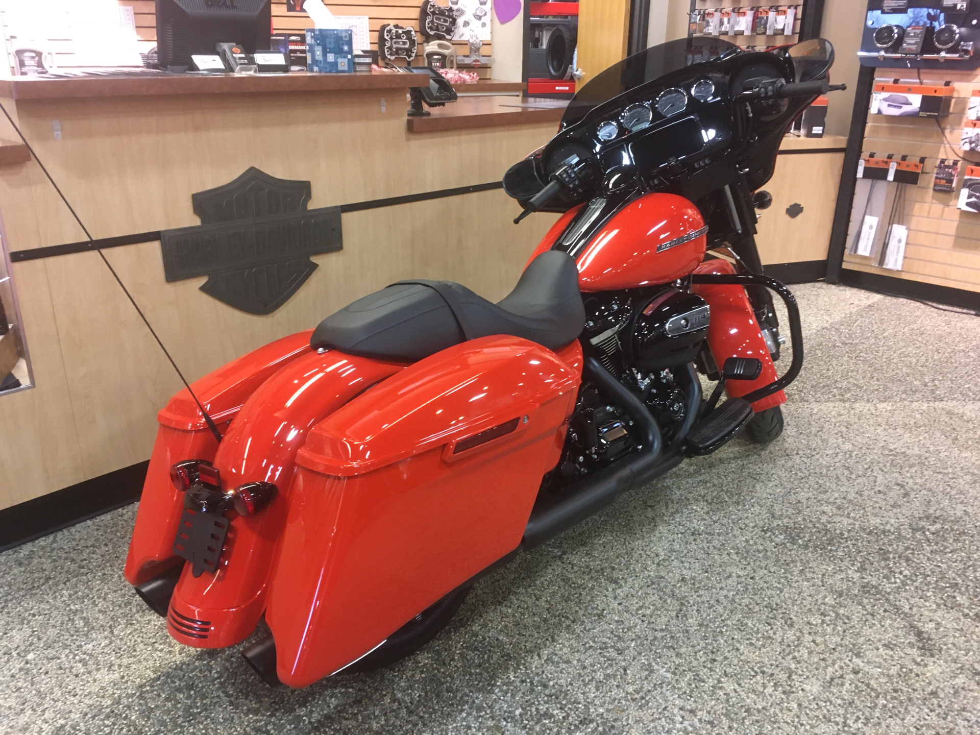 2020 Harley-Davidson Street Glide® Special in Madison, Wisconsin - Photo 3
