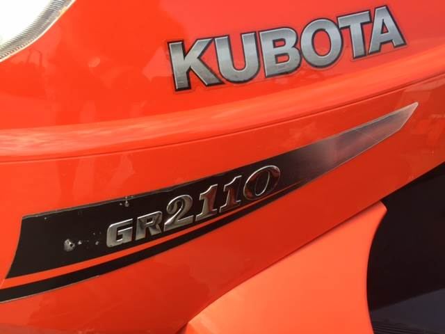 2010 Kubota GR2110 in Fairfield, Illinois