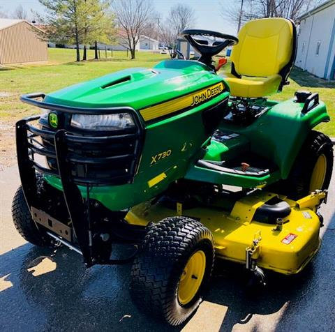 2013 John Deere X730 in Fairfield, Illinois