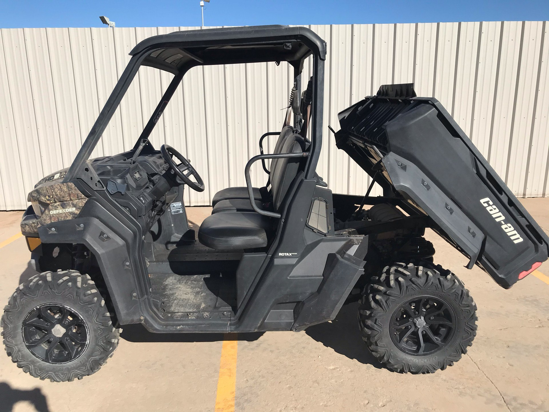 2018 Can-Am Defender DPS HD8 in Amarillo, Texas - Photo 4