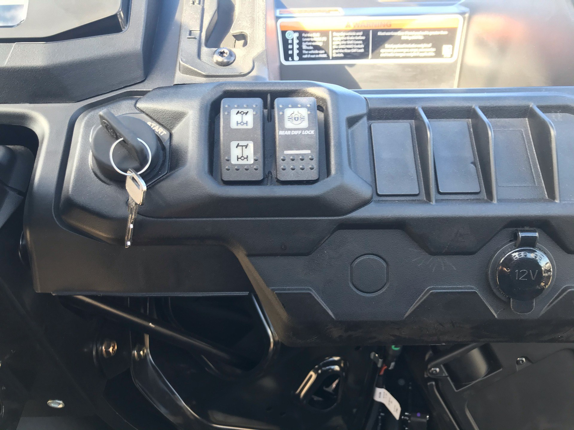 2021 Can-Am Defender MAX HD8 in Amarillo, Texas - Photo 12