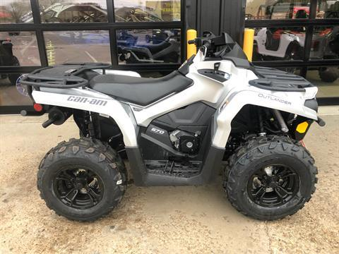 2020 Can-Am Outlander XT 570 in Amarillo, Texas - Photo 1