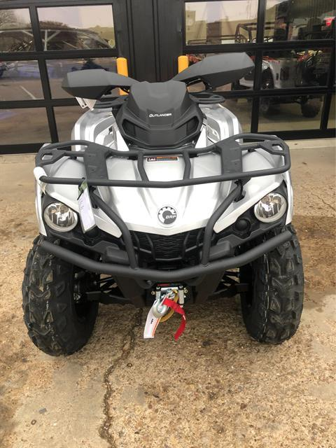 2020 Can-Am Outlander XT 570 in Amarillo, Texas - Photo 2