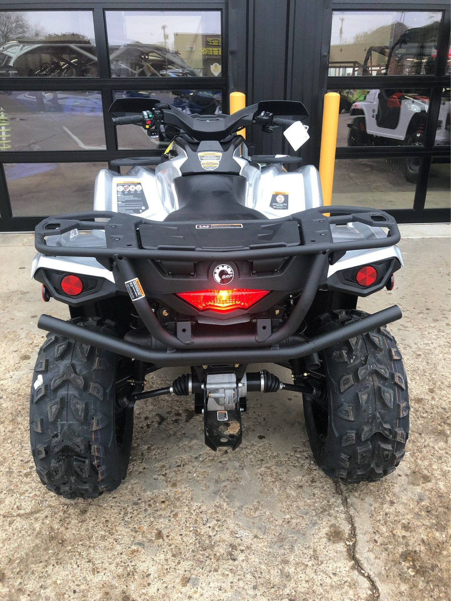 2020 Can-Am Outlander XT 570 in Amarillo, Texas - Photo 4