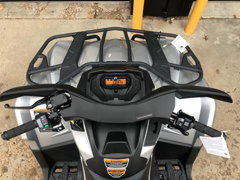 2020 Can-Am Outlander XT 570 in Amarillo, Texas - Photo 6