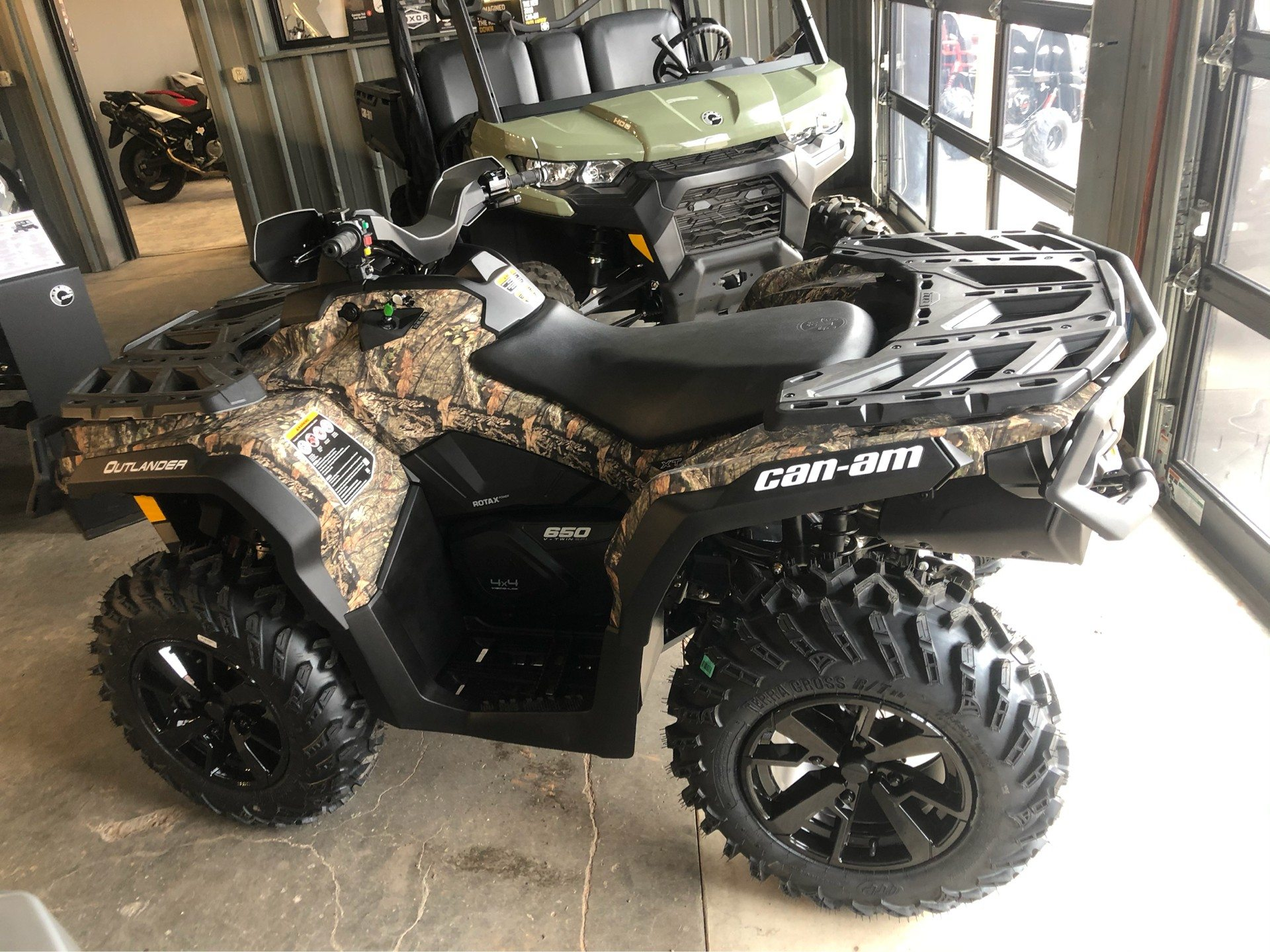 2020 Can-Am Outlander XT 650 in Amarillo, Texas - Photo 3