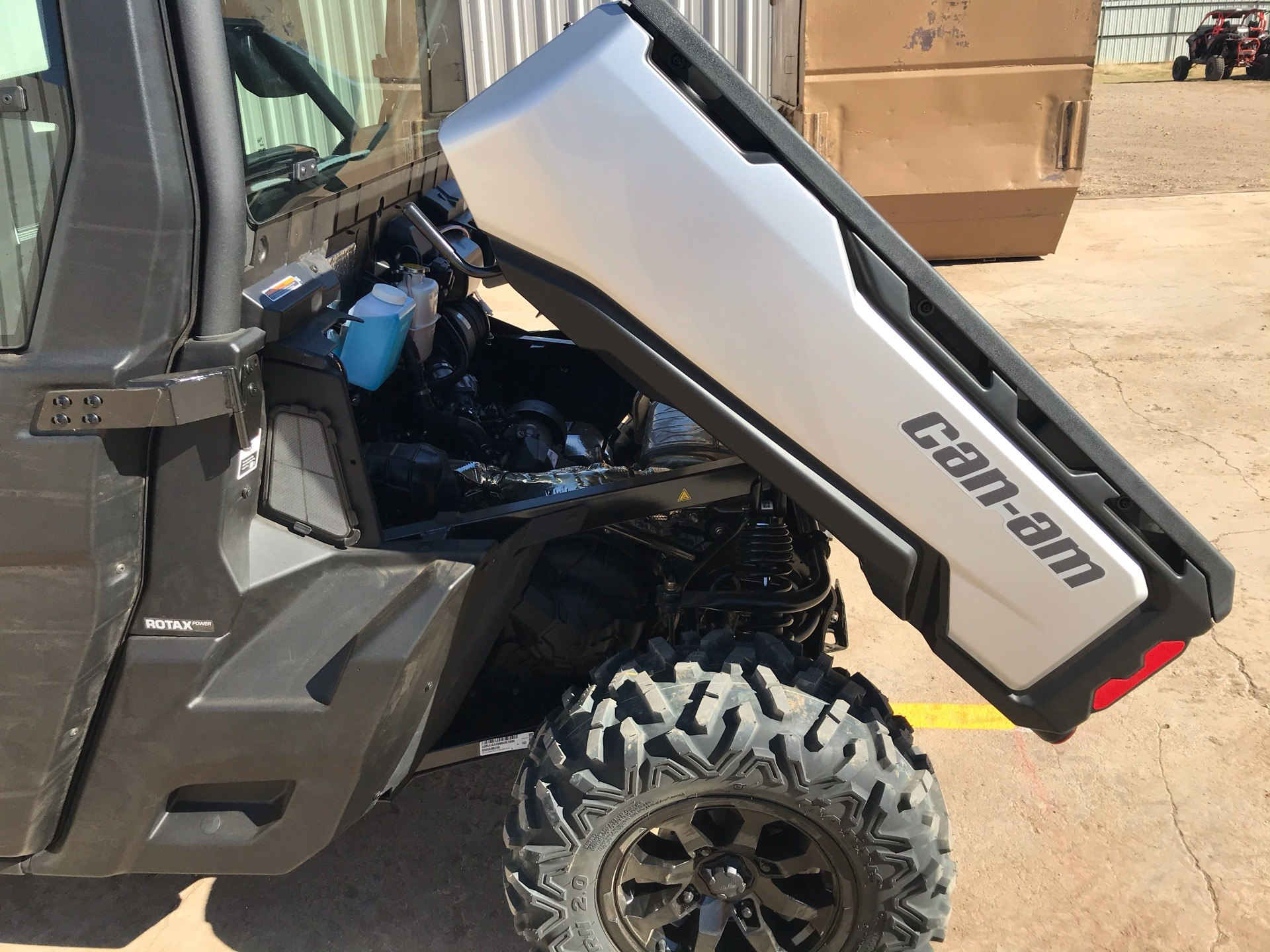 2021 Can-Am Defender Max Limited HD10 in Amarillo, Texas - Photo 5