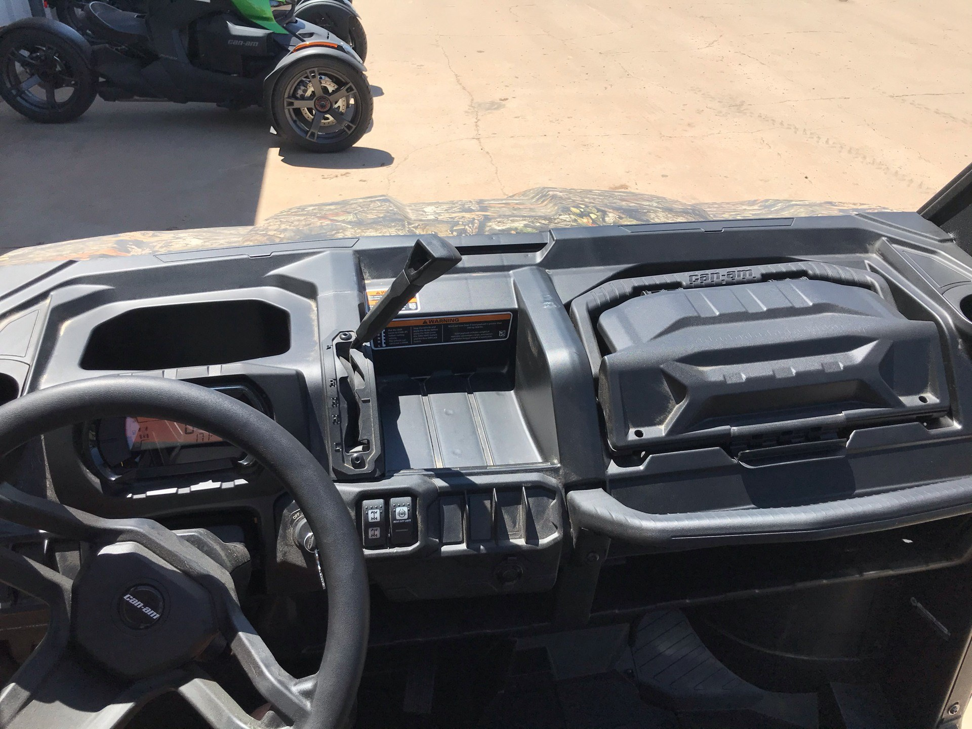 2020 Can-Am Defender Pro DPS HD10 in Amarillo, Texas - Photo 6