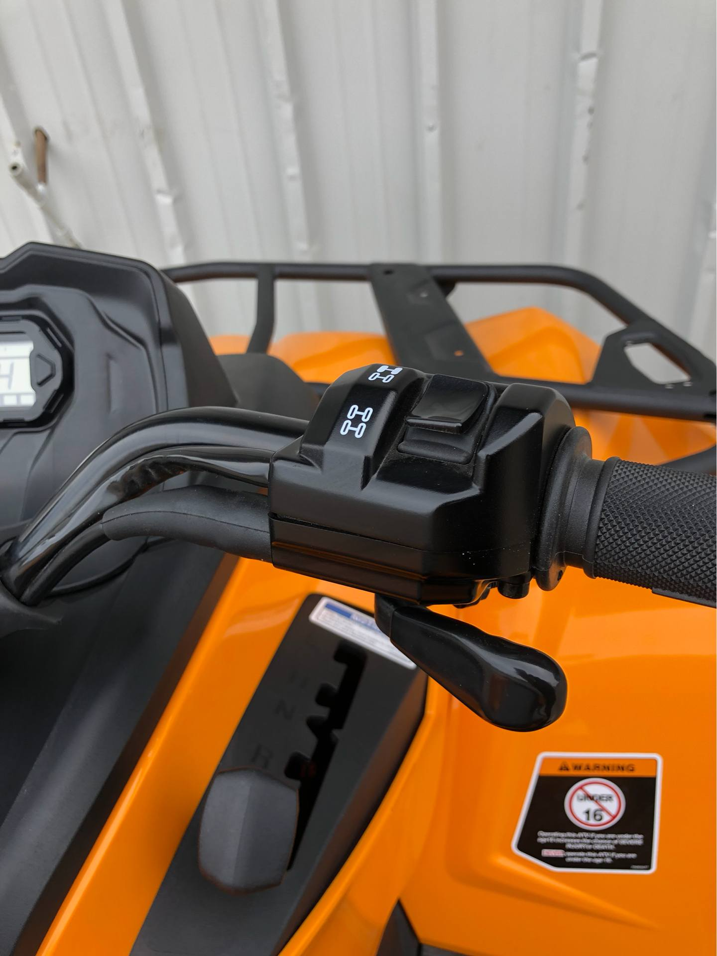 2018 Can-Am™ Outlander DPS 570 6