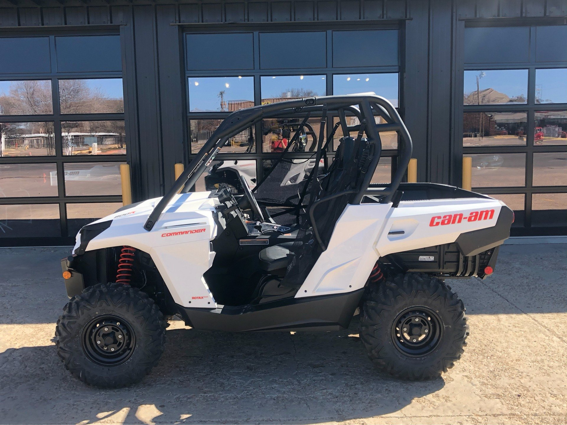 2020 Can-Am Commander 800R in Amarillo, Texas - Photo 3
