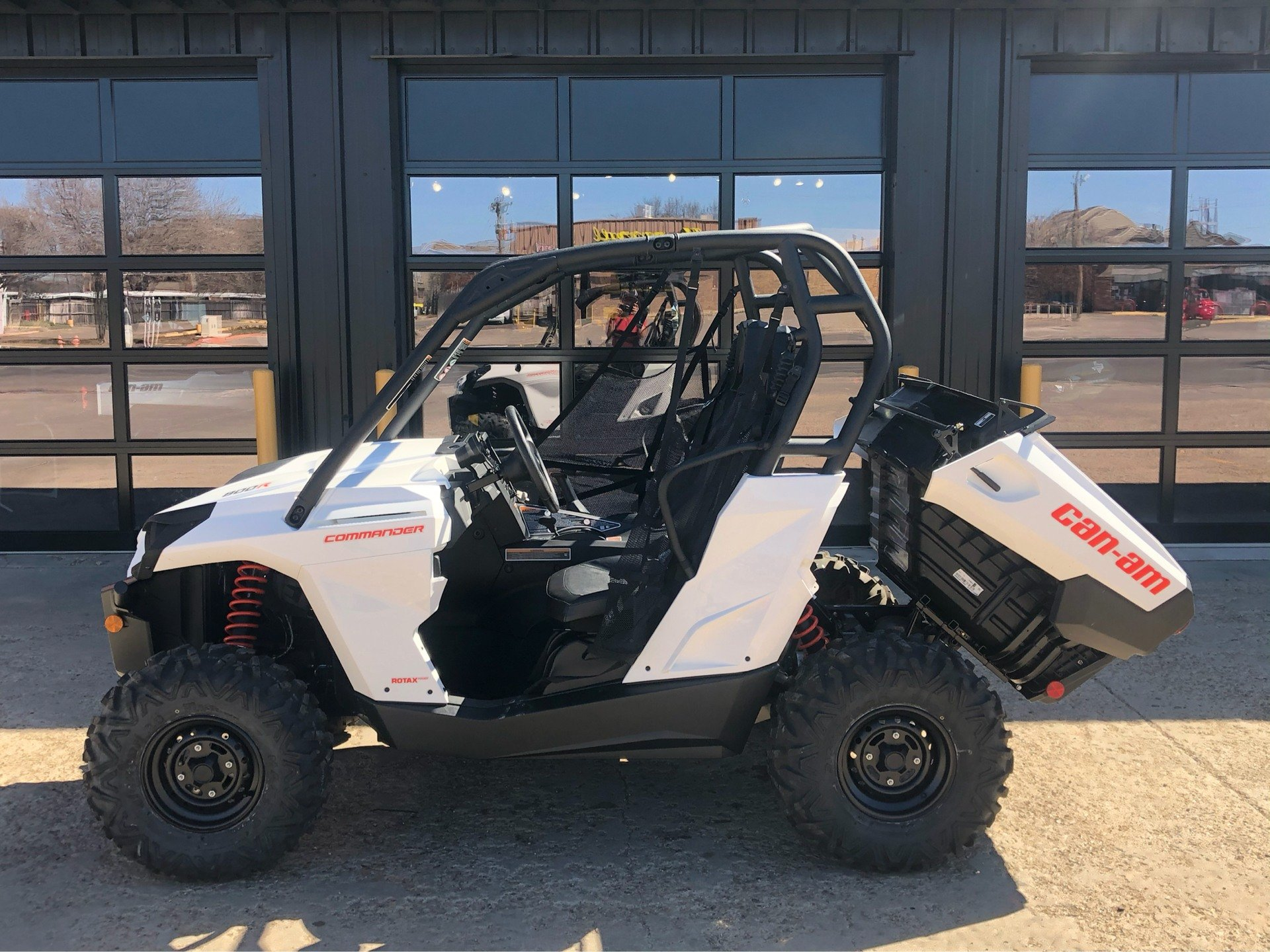 2020 Can-Am Commander 800R in Amarillo, Texas - Photo 4