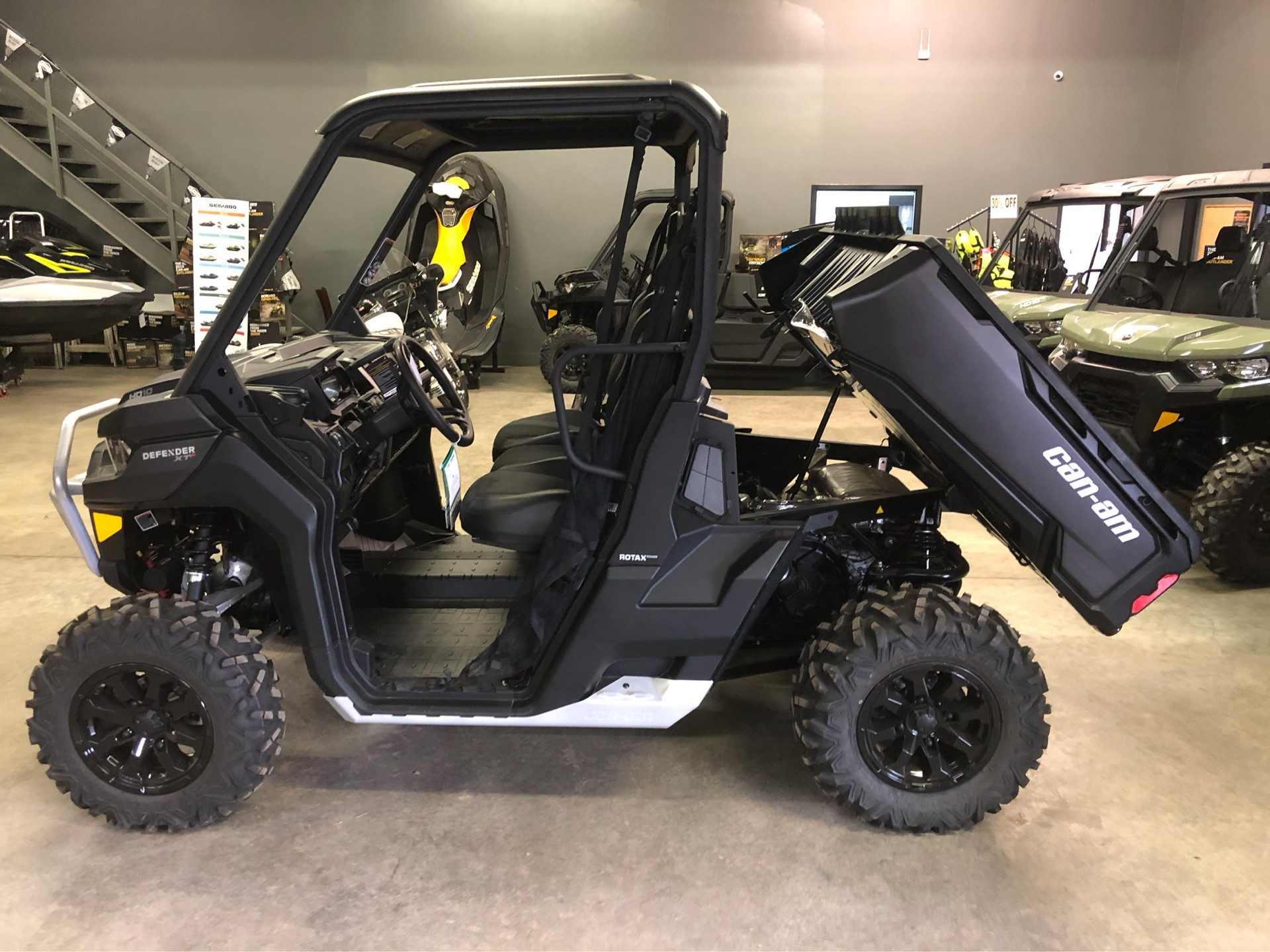 2020 Can-Am Defender XT-P HD10 in Amarillo, Texas - Photo 4