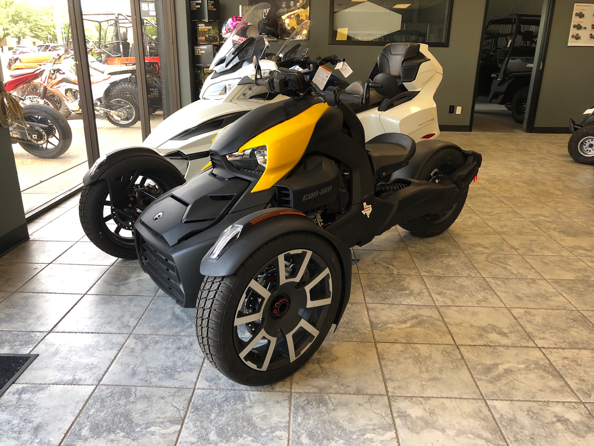 2019 Can-Am Ryker 900 ACE in Amarillo, Texas - Photo 2