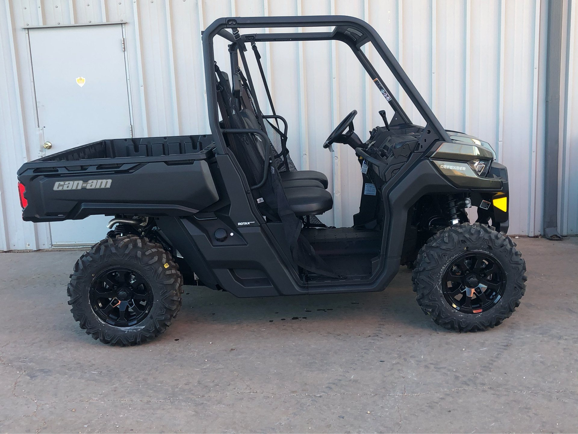 2020 Can-Am Defender DPS HD8 in Amarillo, Texas - Photo 1