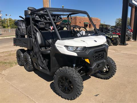 2020 Can-Am Defender 6x6 DPS HD10 in Amarillo, Texas - Photo 2