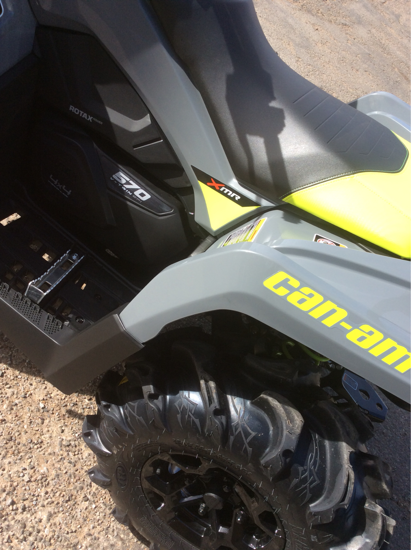 2021 Can-Am Outlander X MR 570 in Clovis, New Mexico - Photo 9