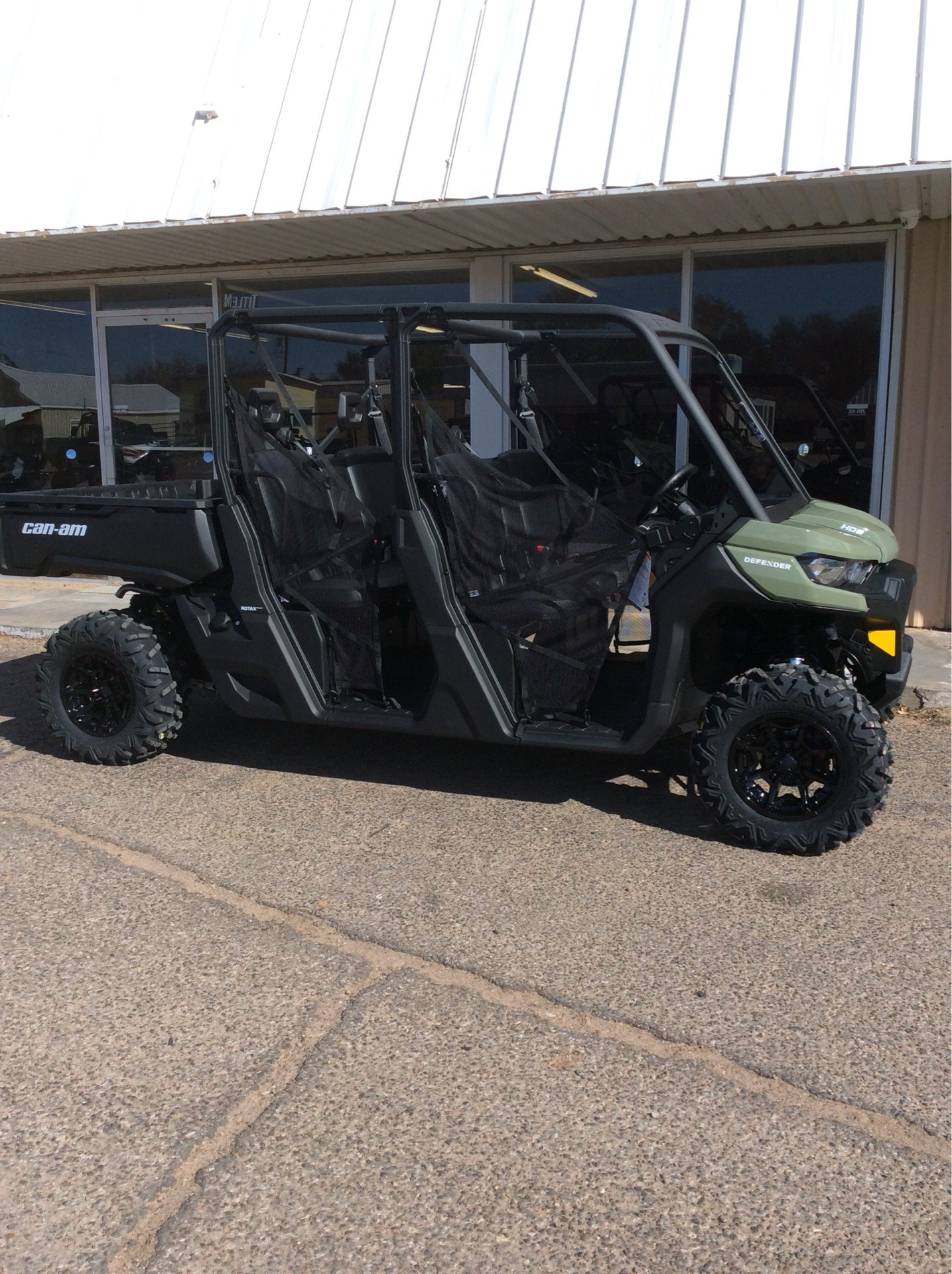 2021 Can-Am Defender MAX DPS HD8 in Clovis, New Mexico - Photo 2