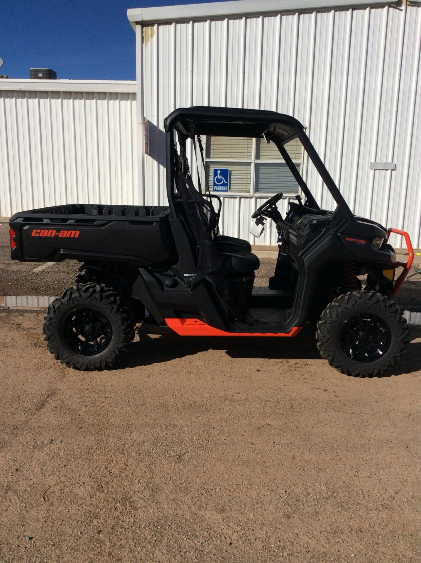 2019 Can-Am Defender XT-P HD10 in Clovis, New Mexico