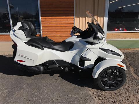 2018 Can-Am Spyder RT SE6 in Clovis, New Mexico