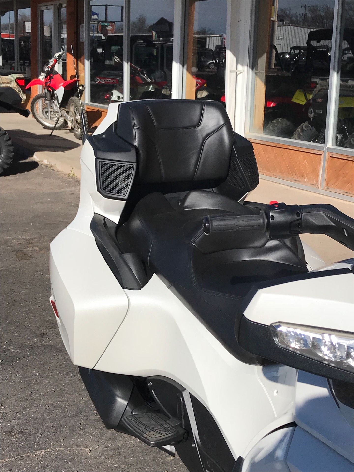 2018 Can-Am Spyder RT SE6 in Clovis, New Mexico - Photo 2
