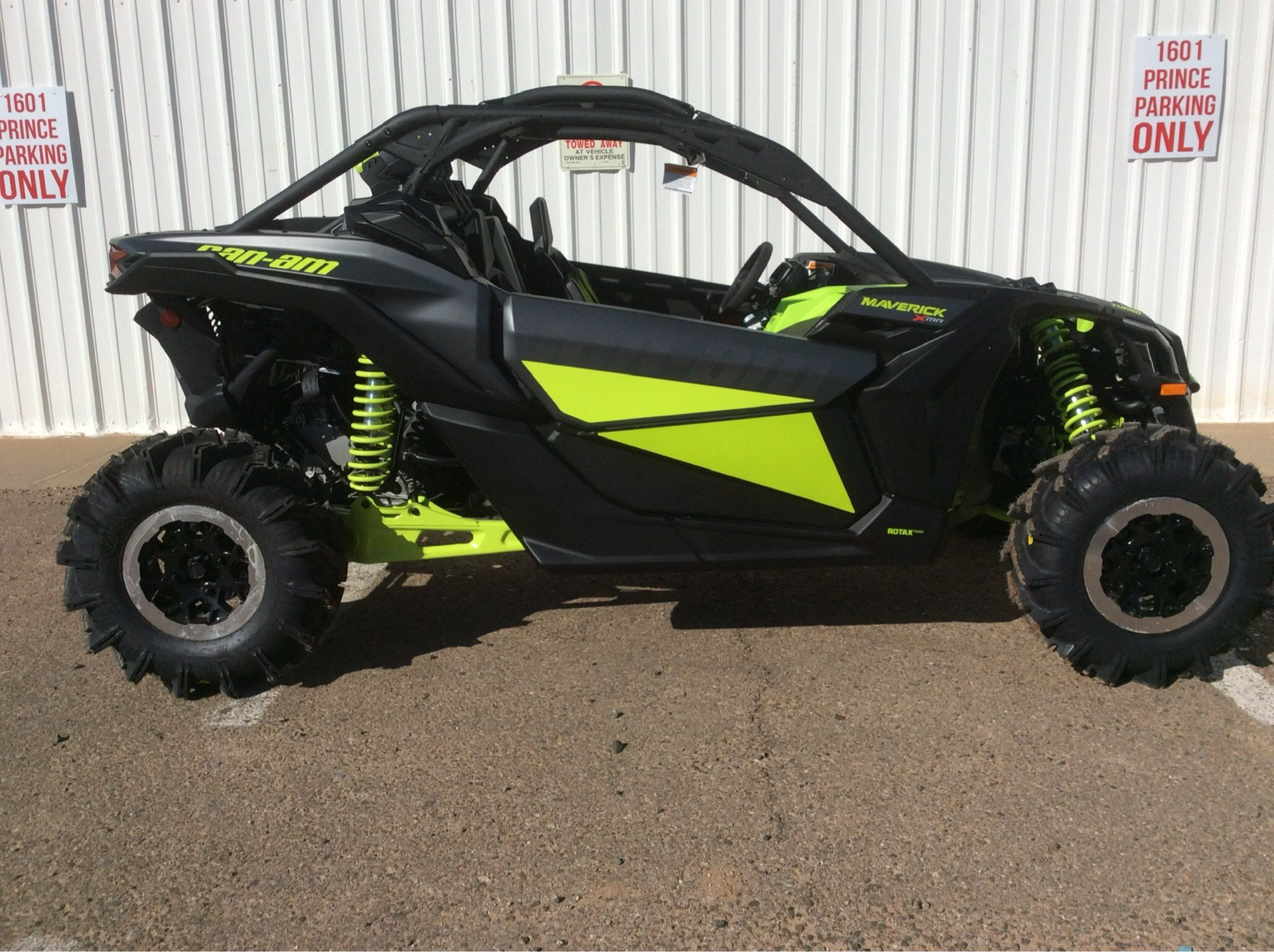 2020 Can-Am Maverick X3 X MR Turbo in Clovis, New Mexico - Photo 1