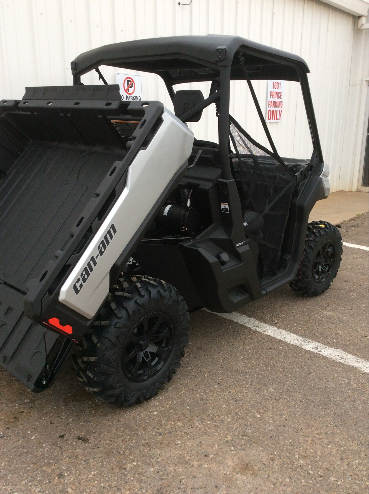 2019 Can-Am Defender XT HD8 in Clovis, New Mexico