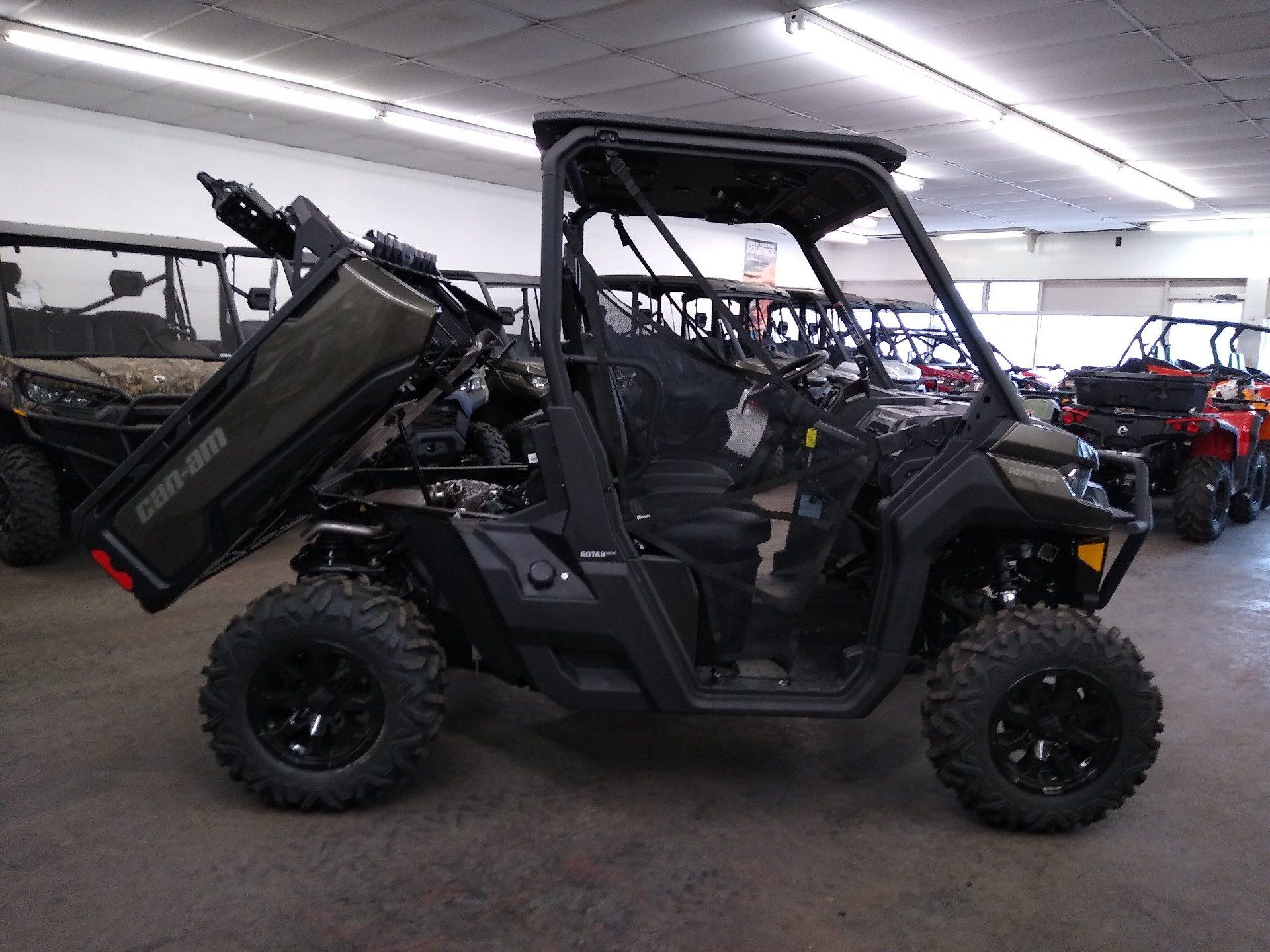 2020 Can-Am Defender XT HD10 in Clovis, New Mexico - Photo 16