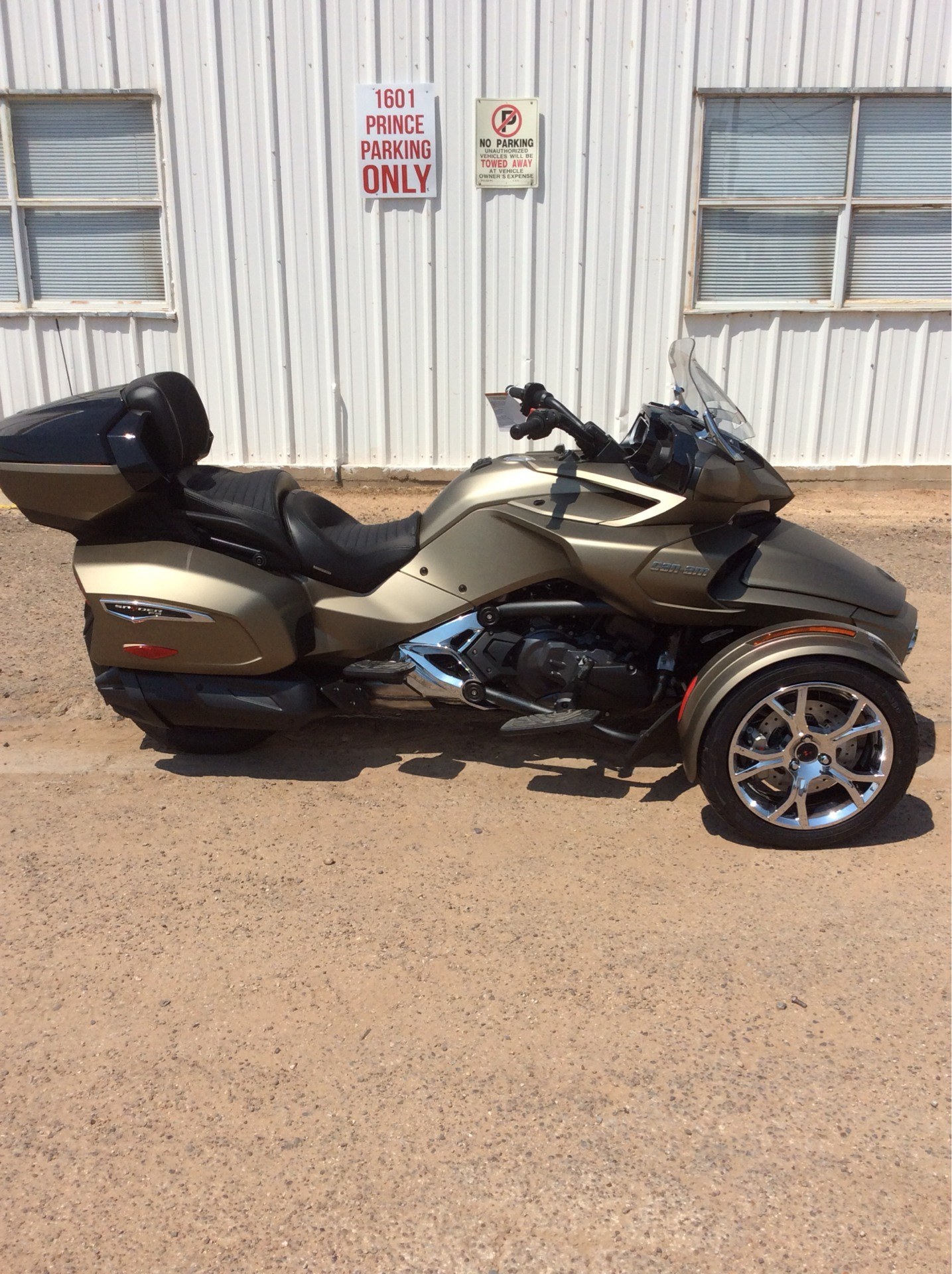 2021 Can-Am Spyder F3 Limited in Clovis, New Mexico - Photo 1