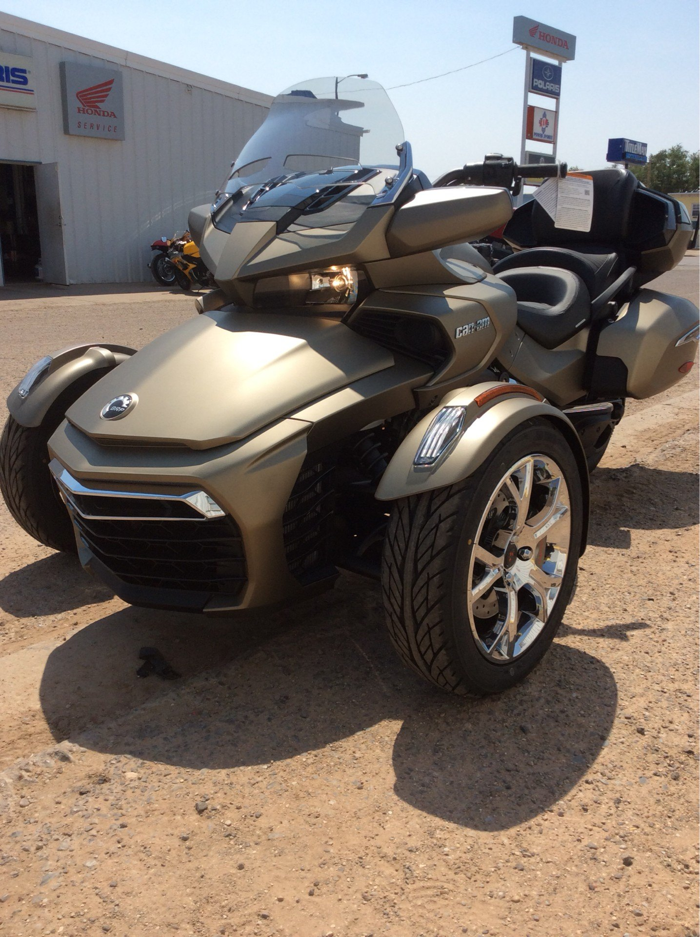 2021 Can-Am Spyder F3 Limited in Clovis, New Mexico - Photo 4