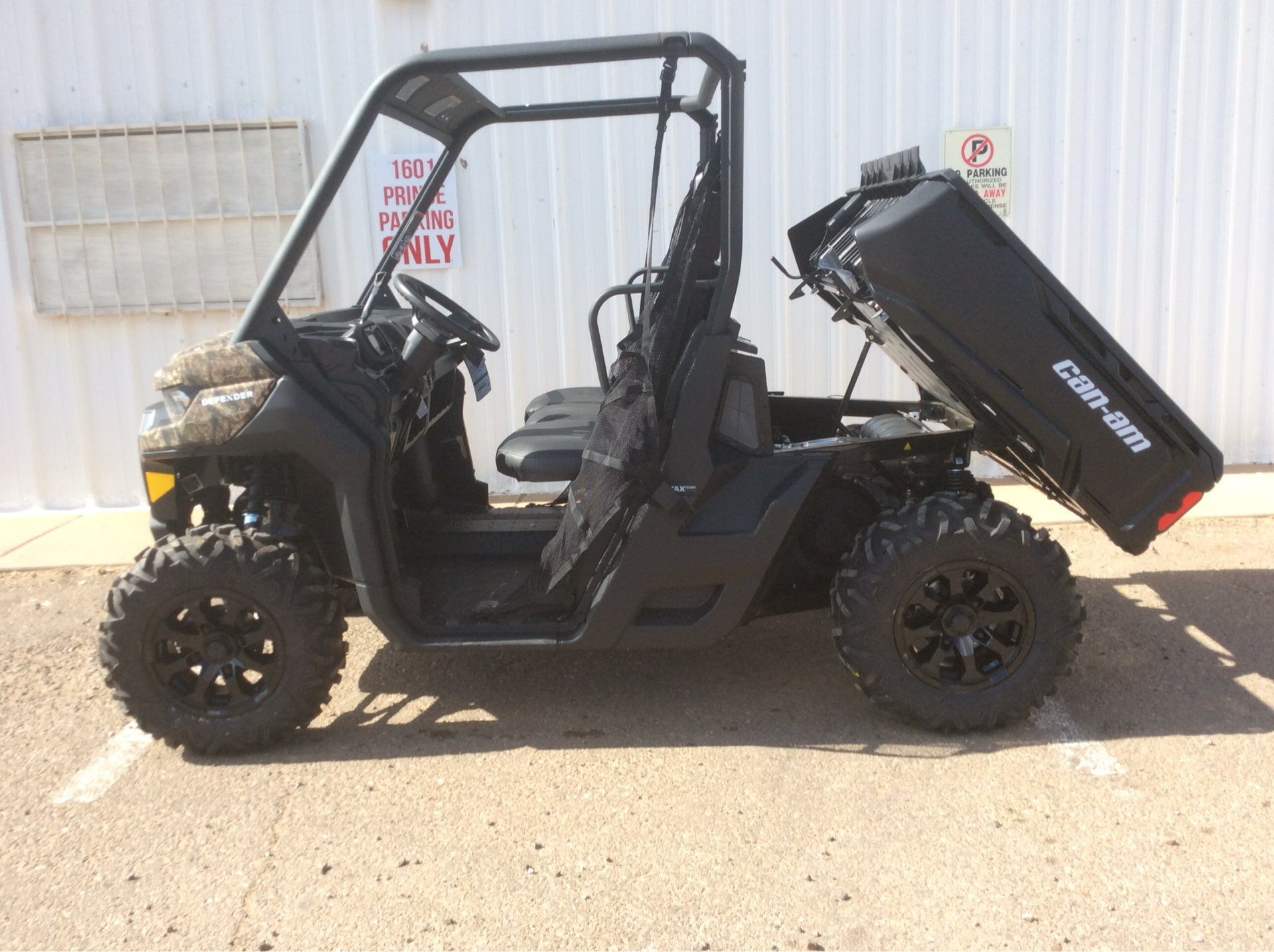 2020 Can-Am Defender DPS HD8 in Clovis, New Mexico - Photo 7