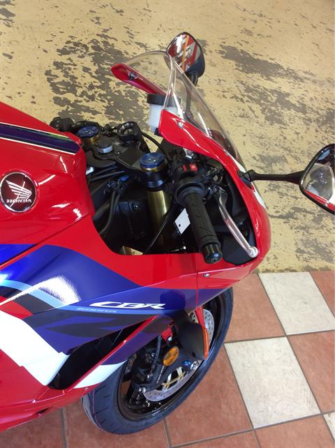 2021 Honda CBR600RR in Clovis, New Mexico - Photo 5