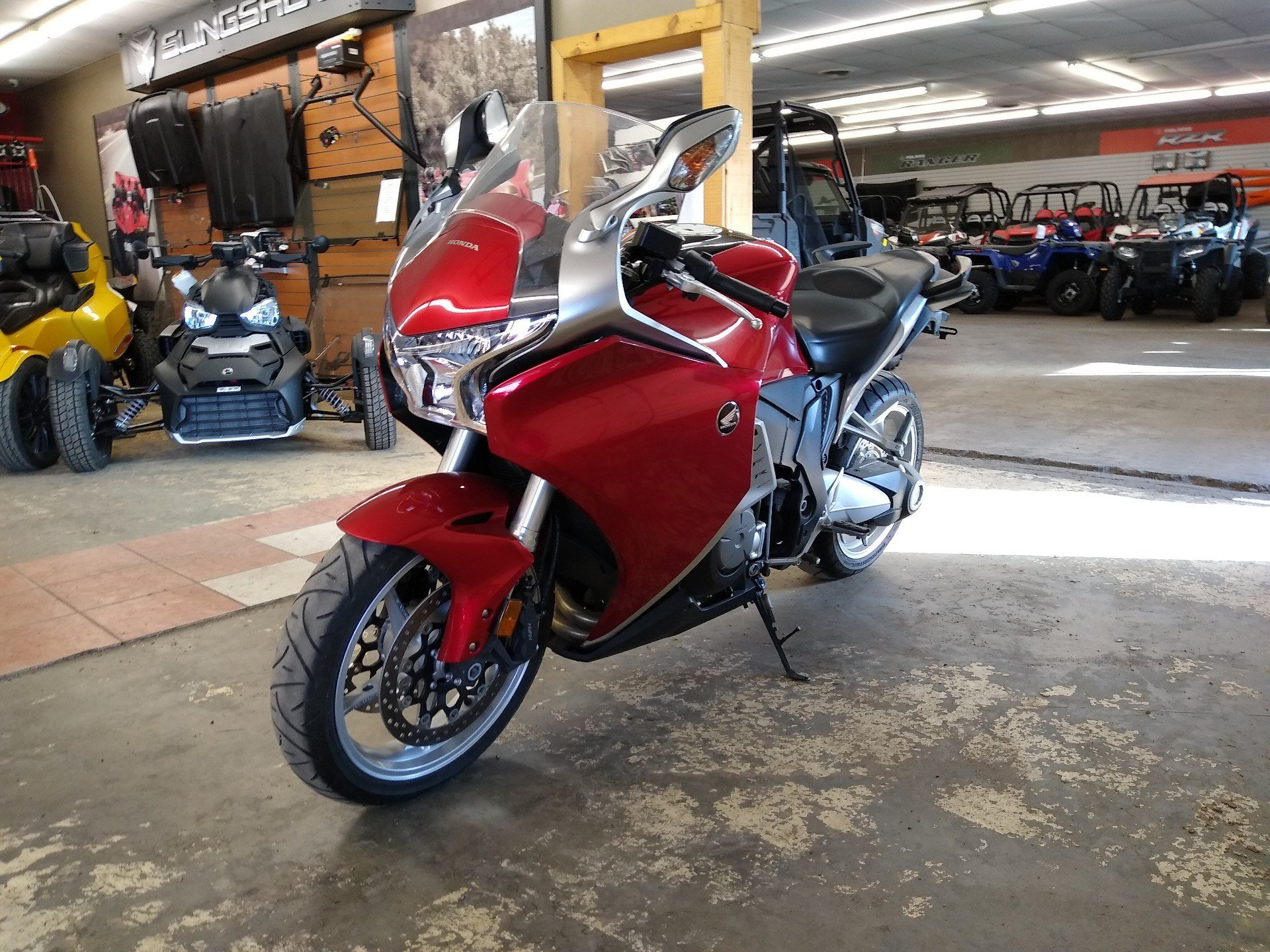 2010 Honda VFR1200F in Clovis, New Mexico - Photo 14