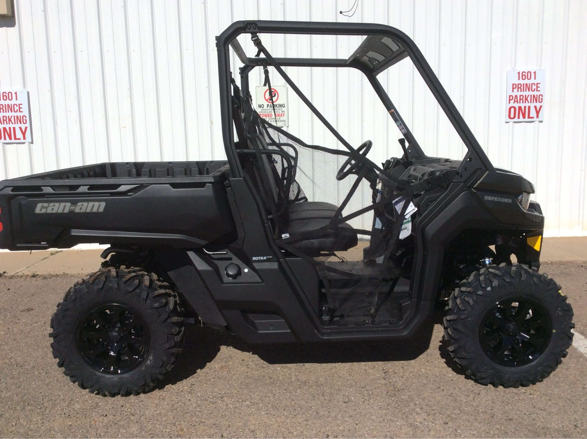 2020 Can-Am Defender DPS HD8 in Clovis, New Mexico - Photo 1