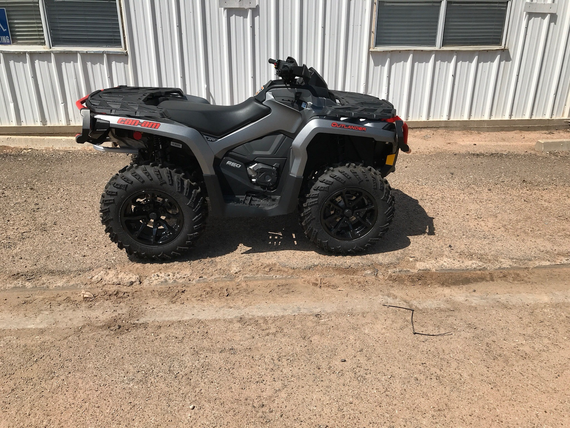2018 Can-Am Outlander XT 650 in Clovis, New Mexico