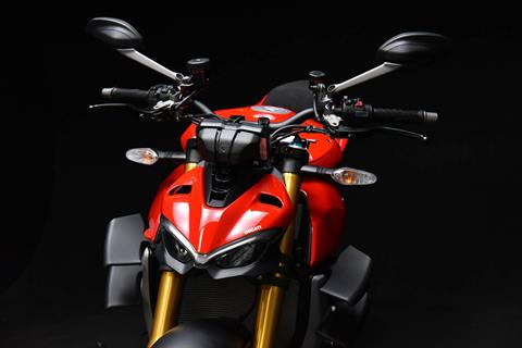 2021 Ducati Streetfighter V4 S in De Pere, Wisconsin - Photo 4