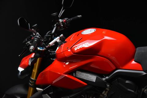 2021 Ducati Streetfighter V4 S in De Pere, Wisconsin - Photo 15