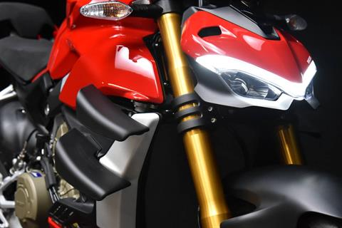 2021 Ducati Streetfighter V4 S in De Pere, Wisconsin - Photo 18