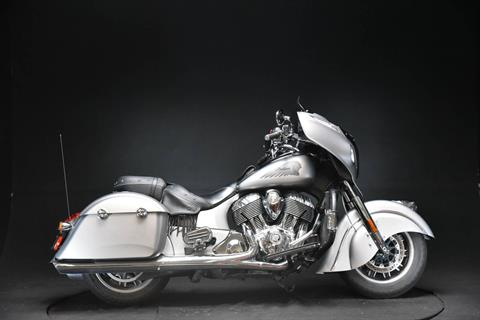 2016 Indian Chieftain® in De Pere, Wisconsin - Photo 1
