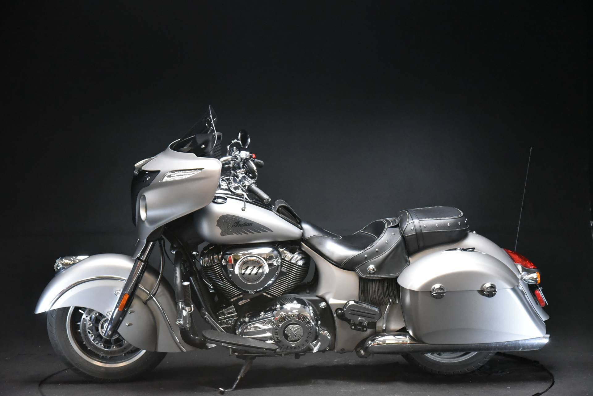 2016 Indian Chieftain® in De Pere, Wisconsin - Photo 3