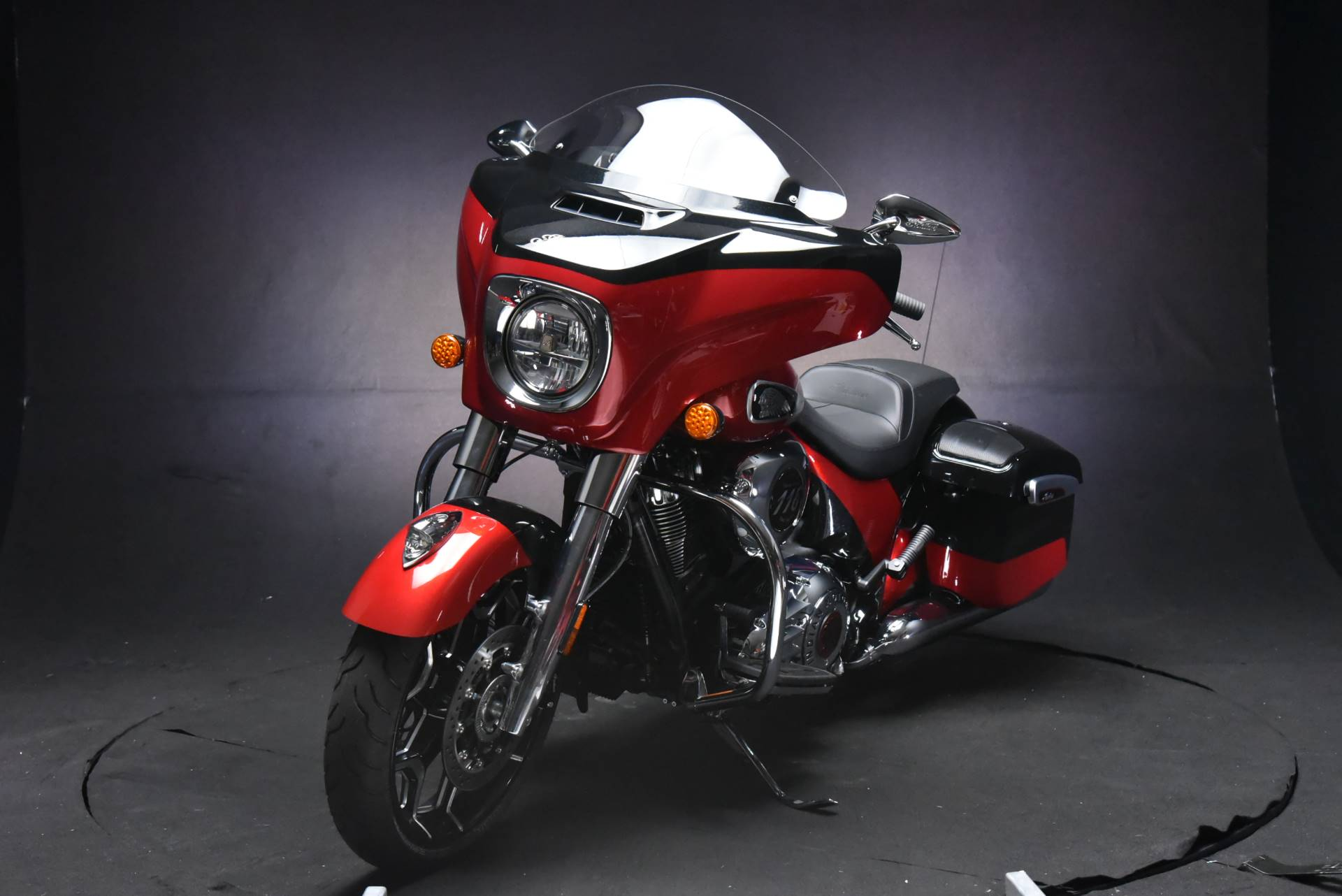 2020 Indian Chieftain® Elite in De Pere, Wisconsin - Photo 10
