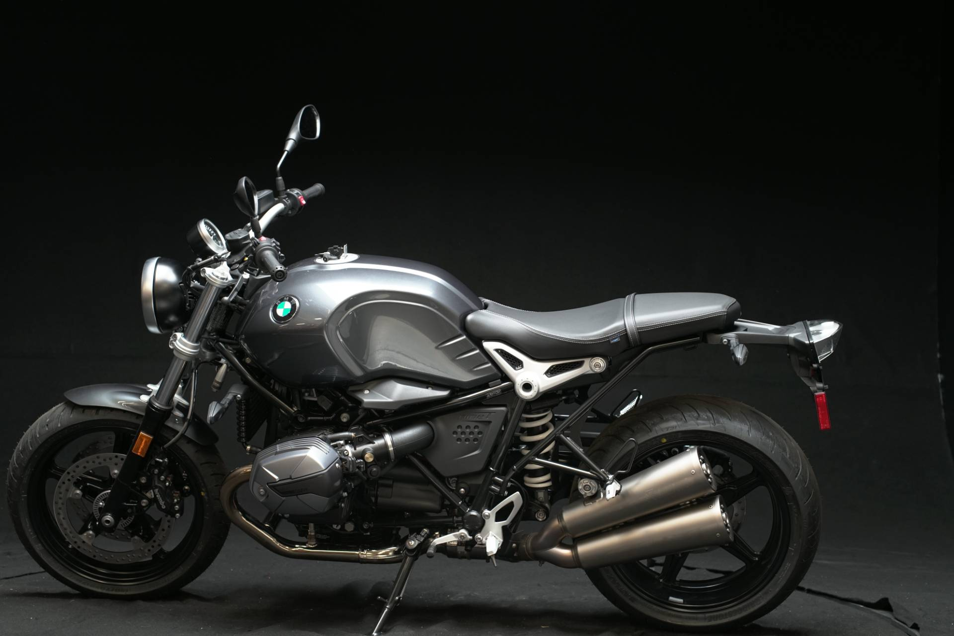 2021 BMW R nineT Pure in De Pere, Wisconsin - Photo 1