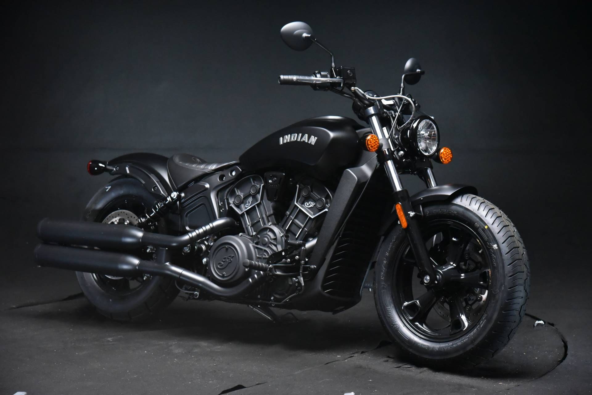 2021 Indian Scout® Bobber Sixty ABS in De Pere, Wisconsin - Photo 2