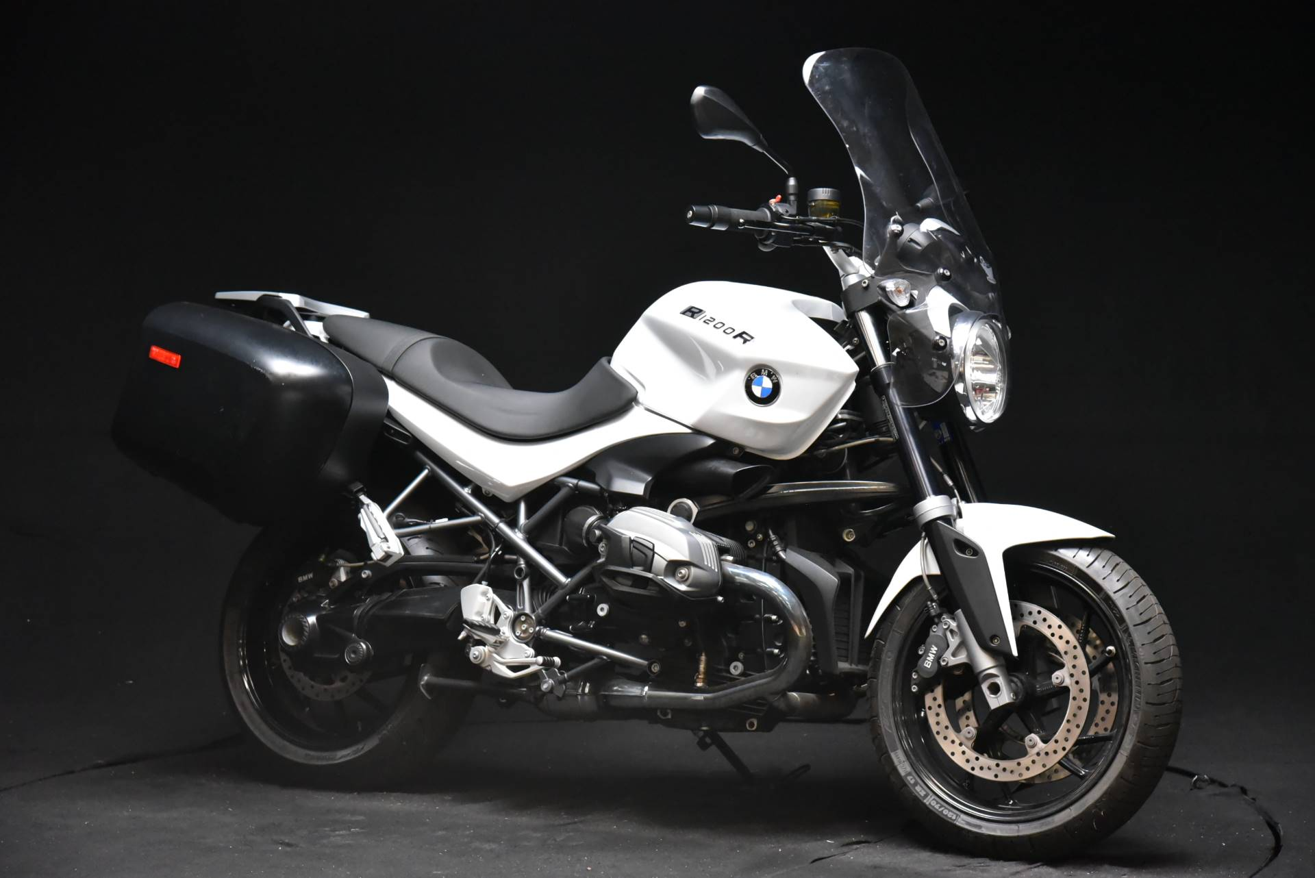 2014 BMW R 1200 R in De Pere, Wisconsin - Photo 2